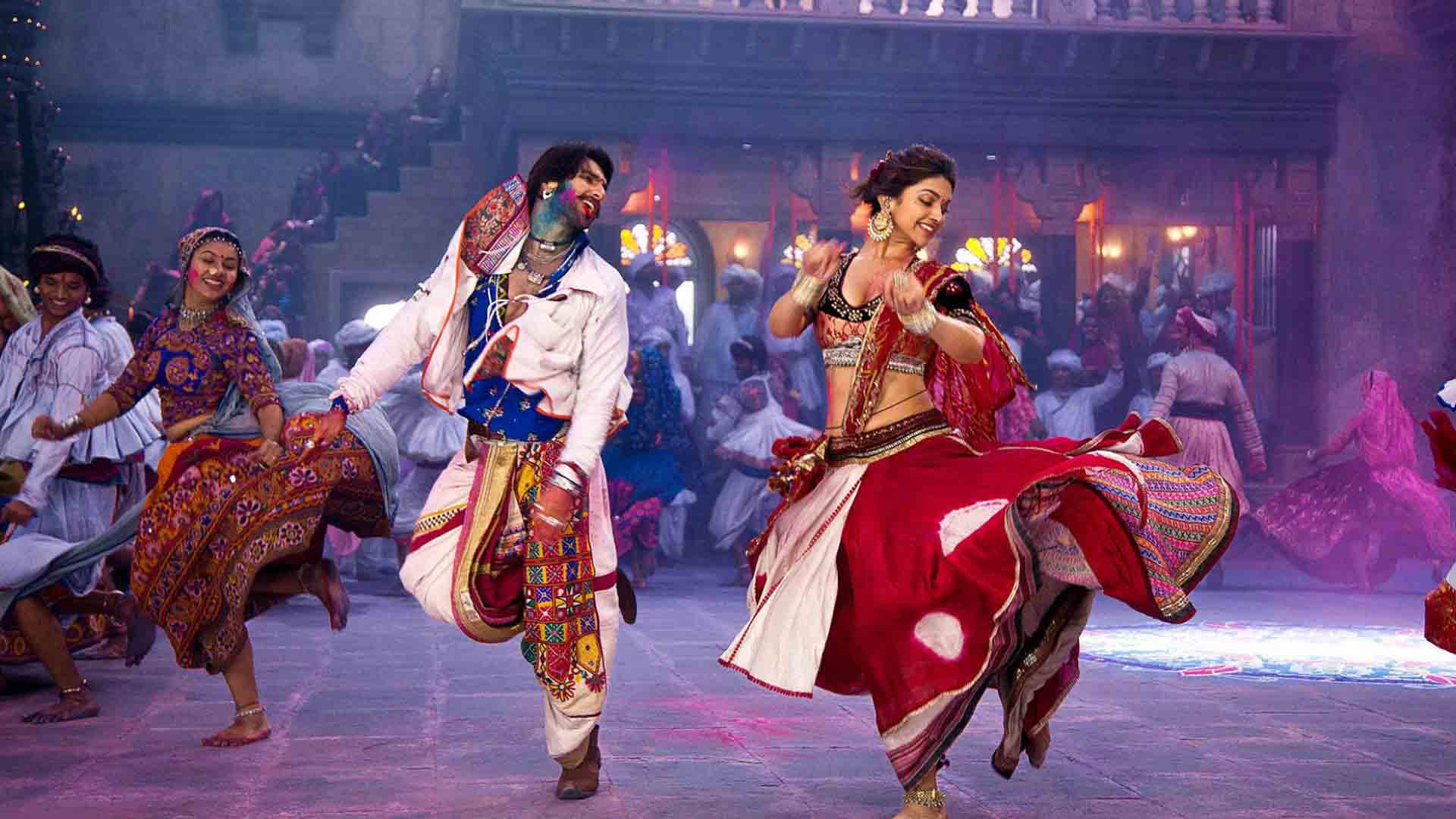 3 Dandiya nights to experience if you're in Delhi!