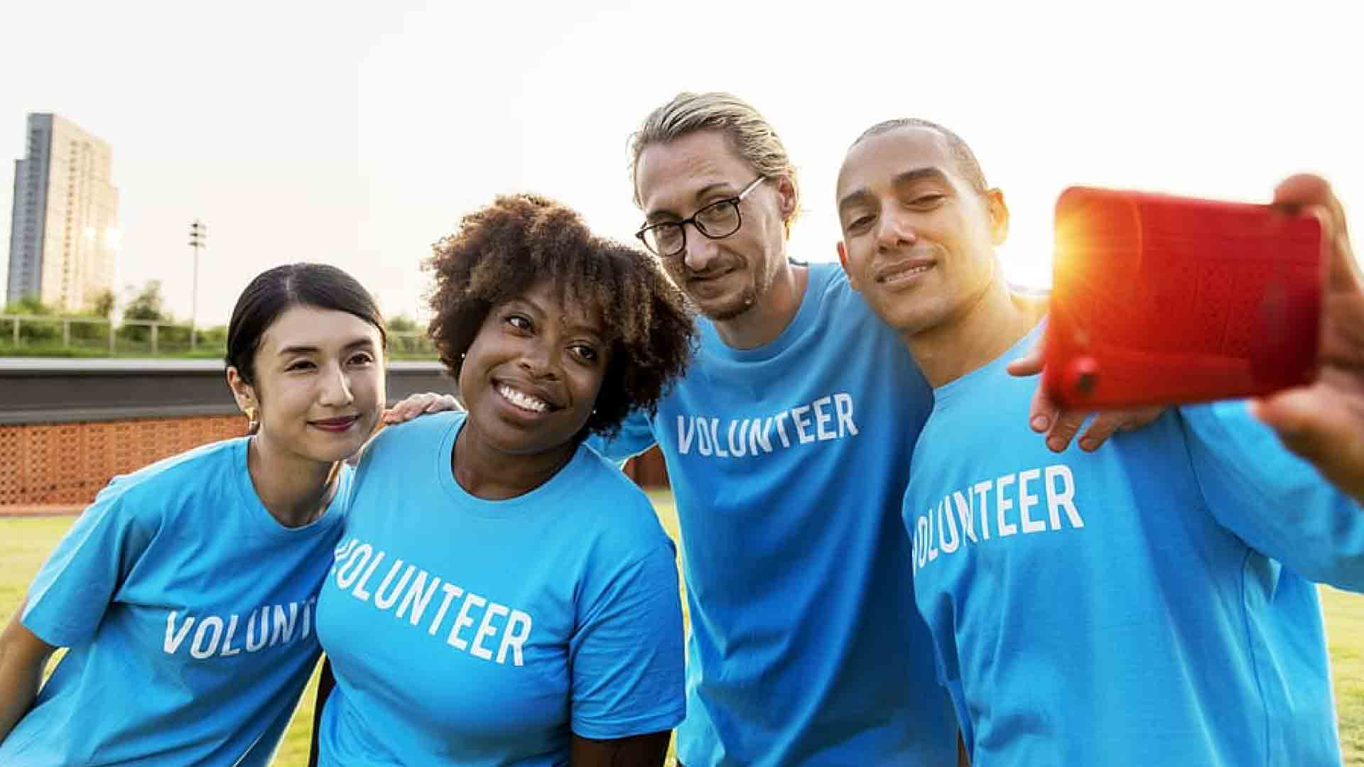 5 Reasons to volunteer for career boosting